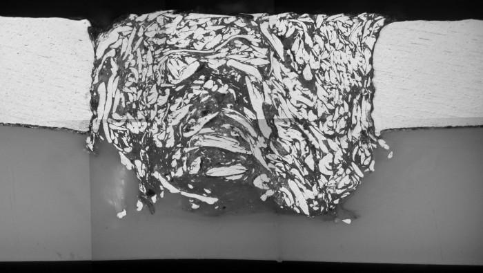 Fog mellan aluminium och termoplast